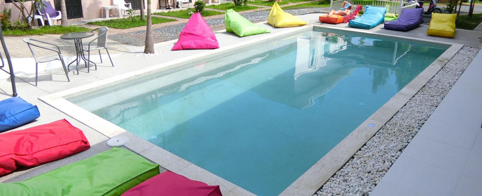 Paradise Pool Interiors Sliders 5