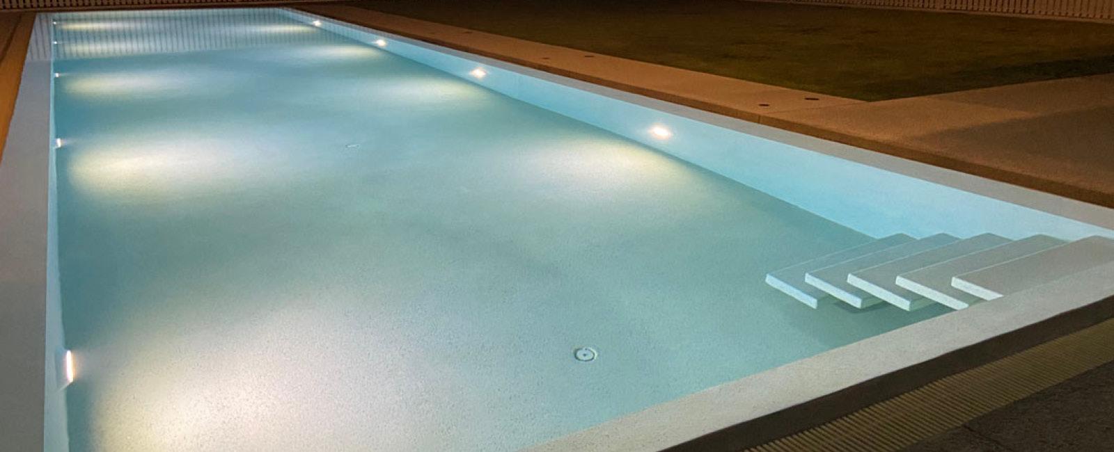 Paradise Pool Interiors Sliders 8